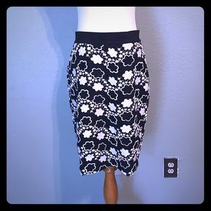 Beautiful black & white lace overlay skirt